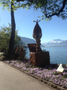 Walking from Clarens to Montreux along the lake; many animal sculptures
